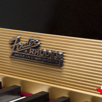Fender Rhodes 1974 Solid Gold Suitcase 73 11