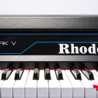 Fender Rhodes 1984 Mark V Stage 73 8