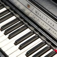 Wurlitzer 200a 3