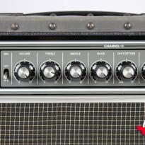 Roland JC-120 3