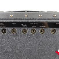 Roland JC-120 8